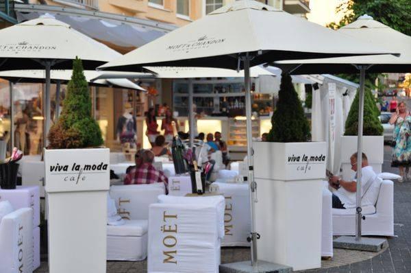 Viva la moda Cafe cc64b24c47fff
